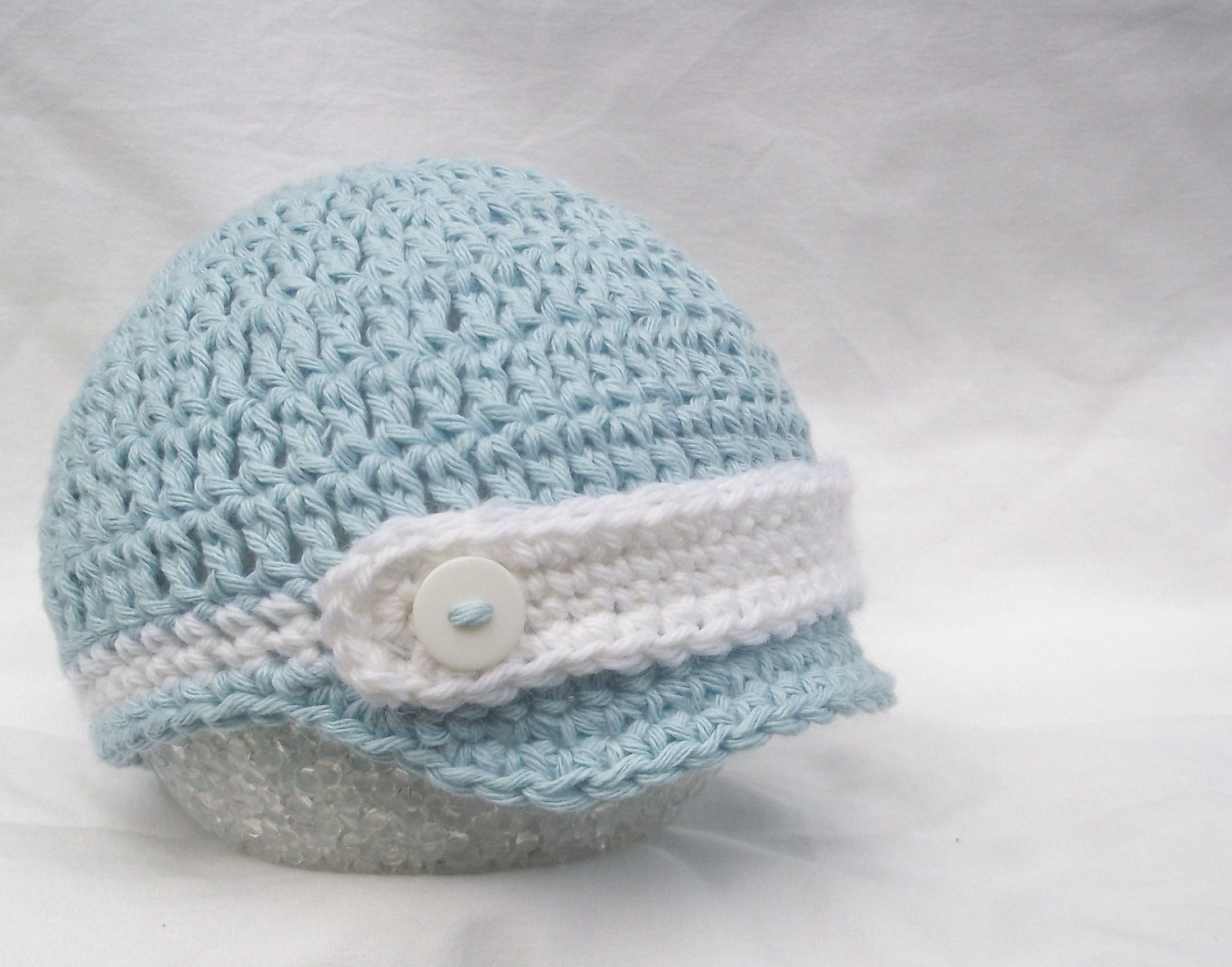 Crochet Patterns Infant Hats : Baby hat - Crochet baby hat - Newborn baby hat- Crochet baby boy hat ...